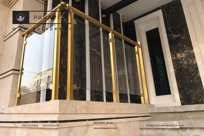 نرده الومینیوم طلایی با شیشه سکوریت